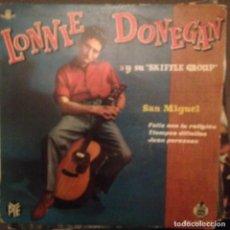 Discos de vinilo: LONNIE DONEGAN: SAN MIGUEL, FELIZ CON TU RELIGION, TIEMPOS DIFICILES, JUAN PEREZOSO ED.ESPAÑA 1960. Lote 143152518