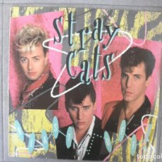 Discos de vinilo: STRAY CATS BLAST OFF. Lote 143181342