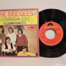 Discos de vinilo: TH ER BEE GEES.(I STARTEDDA JOKE-KILBURN TOWERS)SINGLE. Lote 143220941