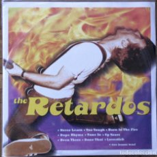 Discos de vinilo: THE RETARDOS. SAFETY PIN, SPCS-007. ESPAÑA, 2001. FUNDA Y DISCO EX EX.. Lote 143375150