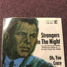 Discos de vinilo: FRANK SINATRA STRANGERS IN THE NIGHT EDICIÓN ALEMANA, REPRISE. Lote 143543394