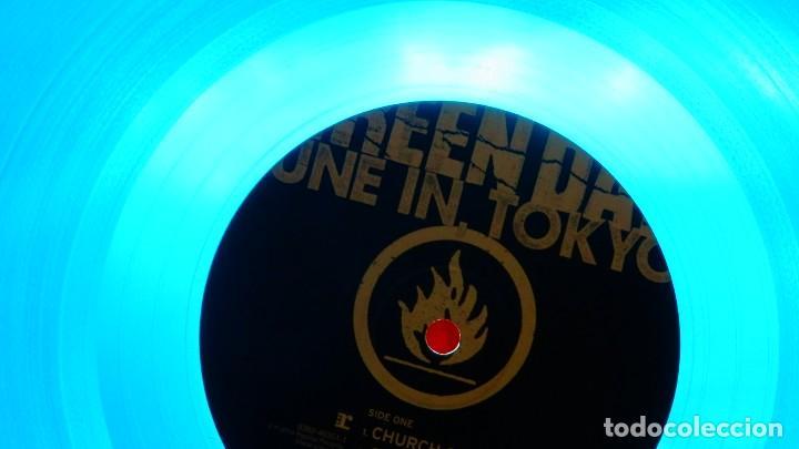 Discos de vinilo: GREEN DAY * LP Record Store Day 2014 * TUNE IN TOKYO * LTD Vinilo azul + cupón descarga Precintado!! - Foto 6 - 143664810