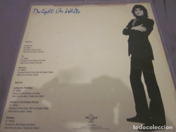 Discos de vinilo: DWIGHT TWILLEY - DWIGHT ON WHITE - MAXISINGLE EDICION INGLESA DEL 1979 - VINILO BLANCO. - Foto 2 - 143742242