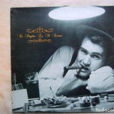 Discos de vinilo: UN PINGÜINO EN MI ASCENSOR_EL BALNEARIO_VINILO LP 12'' EDICIÓN ESPAÑOLA_DRO_1988. Lote 143901522