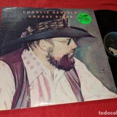 Discos de vinilo: CHARLIE DANIELS UNEASEY RIDER LP 1976 EPIC AMERICA USA. Lote 143943122