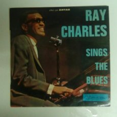 Discos de vinilo: RAY CHARLES - SINGS THE BLUES, 1965. FRANCE.. Lote 144148389