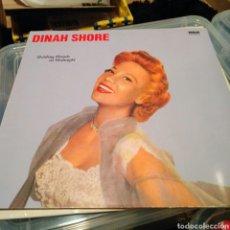 Discos de vinilo: DINAH SHORE - HOLDING HANDS AT MIDNIGHT (EDICIÓN UK). Lote 144066462