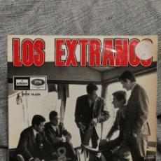Discos de vinilo: SINGLE LOS EXTRAÑOS- TERRY, VIVA LAS VEGAS!, SIGUE SIGUE, MARABUNTA- ODEON, 1965.. Lote 145130506