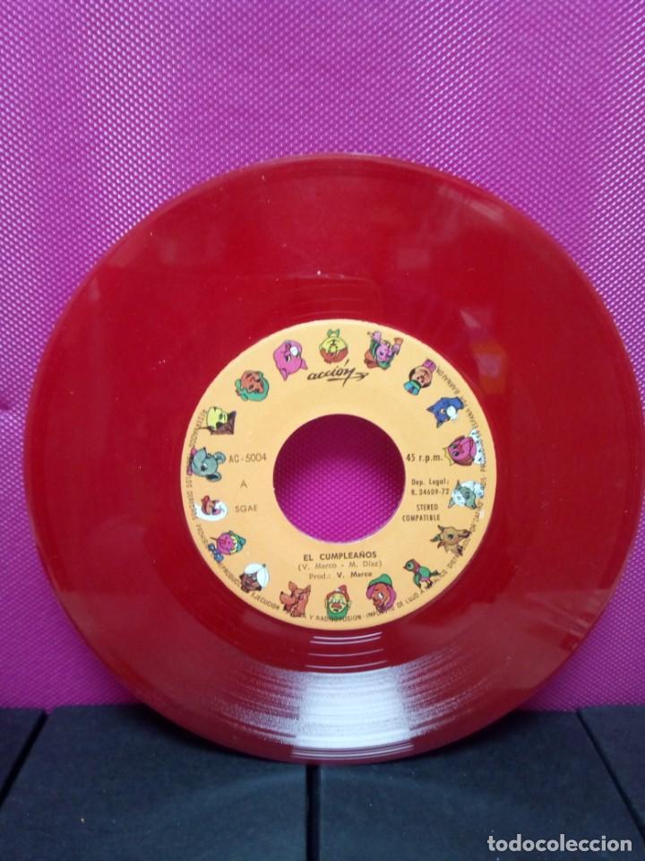 Discos de vinilo: CUENTOS INFANTILES FESTIVAL EL CUMPLEAÑOS Y ME CASE CON UN ENANO AÑOS 70 - Foto 3 - 145556618