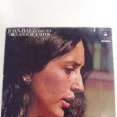 Discos de vinilo: JOAN BAEZ DIEZ AÑOS DE EXITOS 2LP + LIBRETO ( 1970 HISPAVOX ESPAÑA ). Lote 145861890