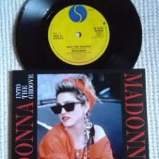 Discos de vinilo: MADONNA - '' INTO THE GROOVE / SHOO-BEE-DOO '' SINGLE 7'' UK 1985 UNIQUE PICTURE. Lote 146636858