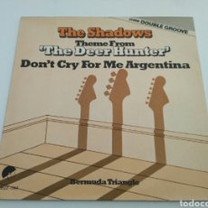 Discos de vinilo: THE SHADOWS - THEME FROM 'THE DEER HUNTER' / DON'T CRY FOR ME ARGENTINA (DOUBLE GROOVE). Lote 146901953