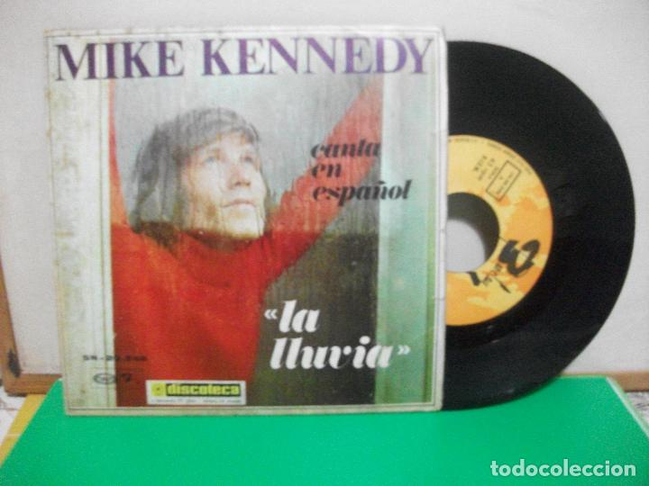 MIKE KENNEDY - LA LLUVIA / GOLDEN MEMORIES (SINGLE ESPAÑOL, BARCLAY 1969) (Música - Discos - Singles Vinilo - Pop - Rock Extranjero de los 50 y 60)