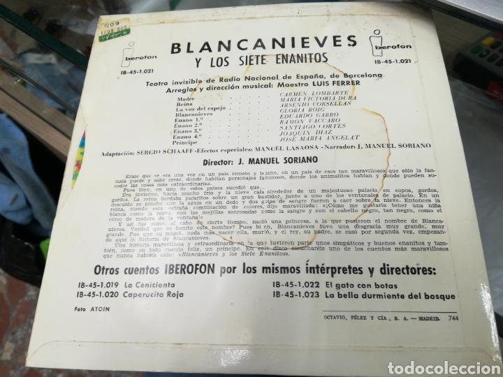 Discos de vinilo: Blancanieves y los 7 enanitos si gle cuento 1960 - Foto 2 - 147365397