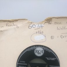 Discos de vinilo: ENVÍO GRATIS ELVIS PRESLEY - ONE NIGHT CON I GOT STUNG 1959. Lote 147513113