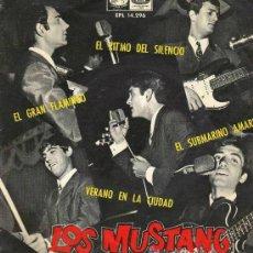 Discos de vinilo: LOS MUSTANG - SUBMARINO AMARILLO + 3 (EP DE 4 CANCIONES) EMI 1966. Lote 147532286