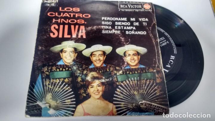 E P ( VINILO) DE LOS CUATRO HERMANOS SILVA AÑOS 60 (Música - Discos - Singles Vinilo - Grupos y Solistas de latinoamérica)