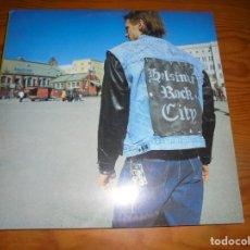 Discos de vinilo: GIANT ROBOT. HELSINKI ROCK CITY. HAWAII SOUNDS, 1999. MAXI-SINGLE. IMPECABLE. (#). Lote 147608414