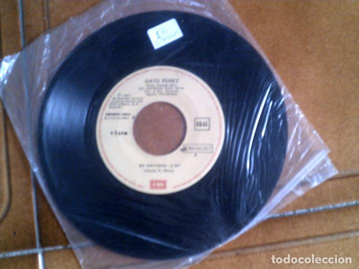 DISCO DE GATO PEREZ TEMAS ,EN NAVIDAD ,Y GARROTIN DEL TRANSITO (Música - Discos - Singles Vinilo - Cantautores Españoles)