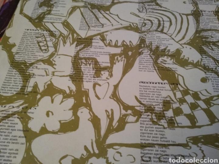 Discos de vinilo: HERTZAINAK - LP SALDA BADAGO - LP ROCK VASCO - Foto 3 - 147690025