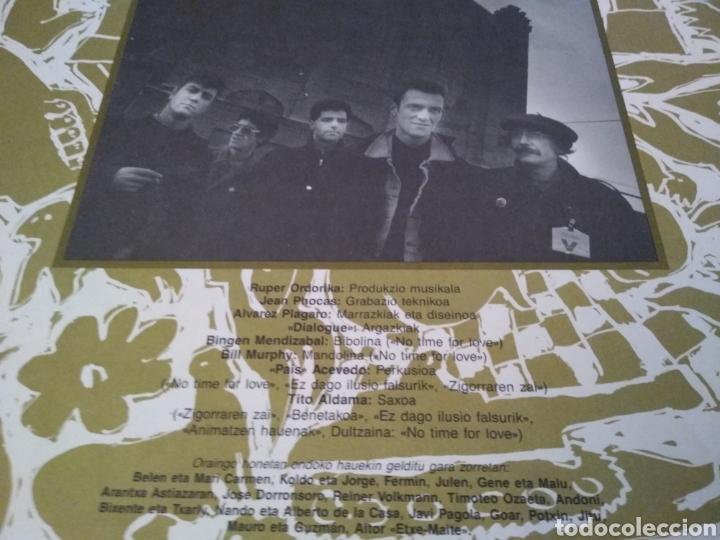 Discos de vinilo: HERTZAINAK - LP SALDA BADAGO - LP ROCK VASCO - Foto 4 - 147690025