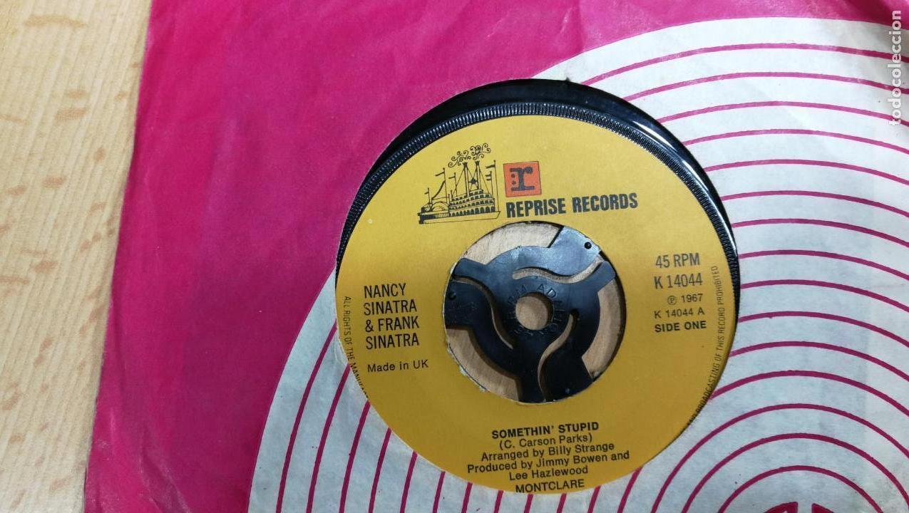 Discos de vinilo: Gran lote de discos pequeños singles, muy variados y raros, unos 43 - Foto 20 - 147718110