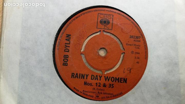 SINGLES DISCO PEQUEÑO DOS CARAS DE BOB DYLAN, MUY ANTIGUO DE 1966 (Música - Discos - Singles Vinilo - Jazz, Jazz-Rock, Blues y R&B)