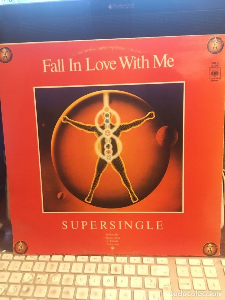 Discos de vinilo: EARTH WIND & FIRE-FALL IN LOVE WITH ME-PROMO 1983 LABEL BLANCO RARO-VINILO SIN USO - Foto 3 - 147751600
