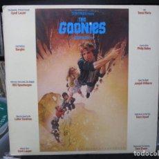 Discos de vinilo: THE GOONIES - ORIGINAL MOTION PICTURE SOUNDTRACK LP USA 1985. Lote 153912330