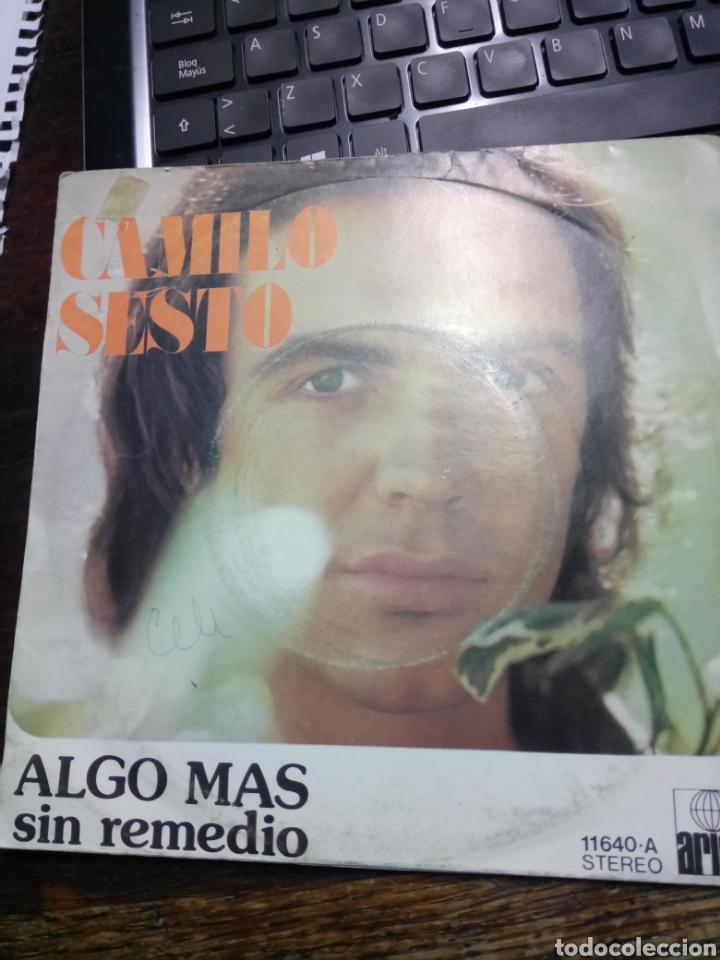 CAMILO SESTO -- ALGO MAS / SIN REMEDIO, ARIOLA, 1973. (Música - Discos - Singles Vinilo - Solistas Españoles de los 70 a la actualidad)