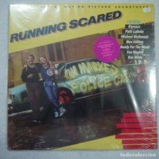 Discos de vinilo: BSO RUNNING SCARED - APUNTA, DISPARA Y CORRE - LP PRECINTADO - USA 1986. Lote 147940286