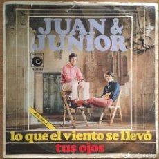 Discos de vinil: JUAN & JUNIOR LO QUE EL VIENTO SE LLEVO AÑO 1969 NOVOLA. Lote 148016466