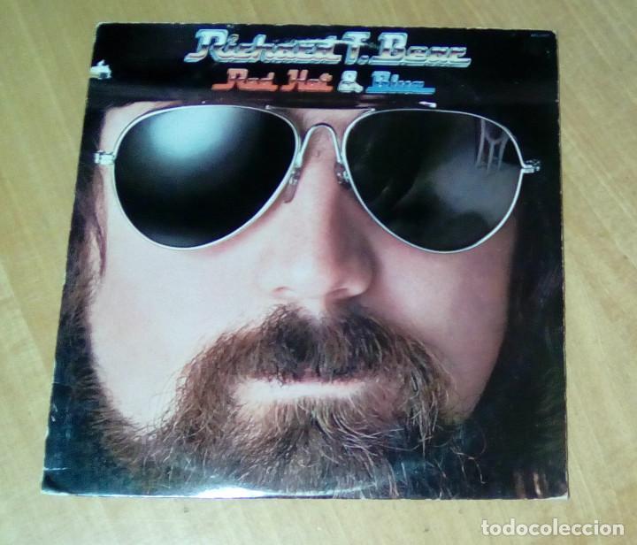 Discos de vinilo: RICHARD T. BEAR - Red Hot & Blue (LP 1978, encarte con letras, Rca AFL1-2927) - Foto 2 - 148039098