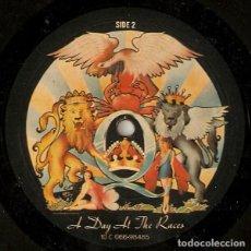 Discos de vinilo: QUEEN – A DAY AT THE RACES (ESPAÑA, 1976). Lote 148097754