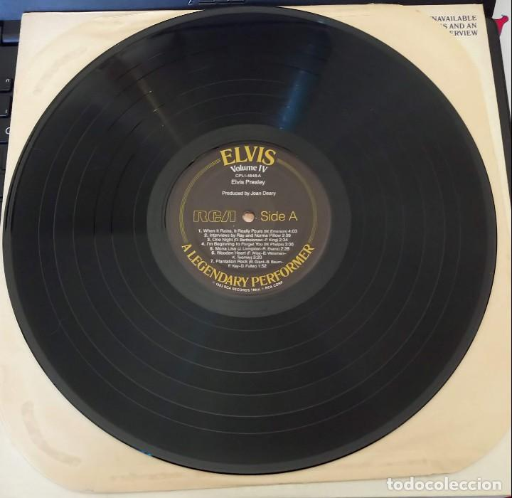 Discos de vinilo: ELVIS PRESLEY - A LEGENDARY PERFORMER VOLUME 4 - LP - CPL1-4848 - USA 1983 - Foto 3 - 148963938