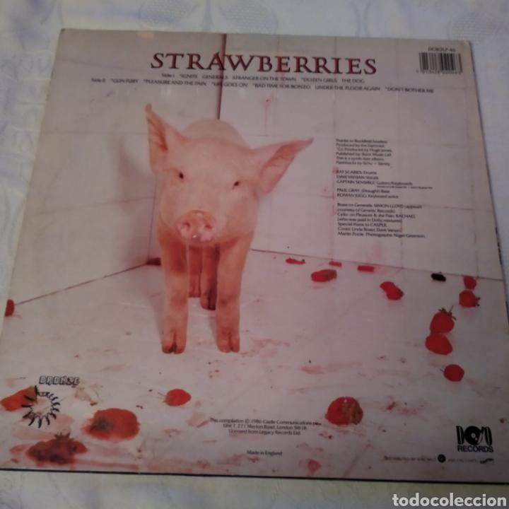 Discos de vinilo: THE DAMNED. STRAWBERRIES LP AÑO 1986 - Foto 2 - 149639357