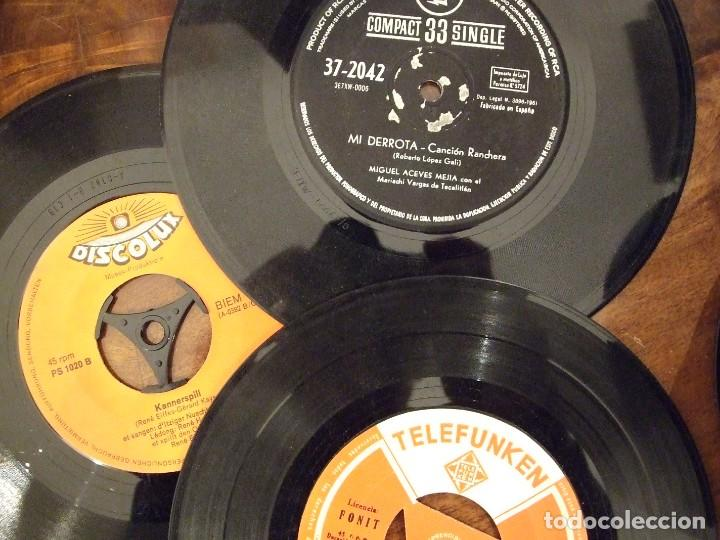 Discos de vinilo: GRAN LOTE DE SINGLES 80 SIN CARATULA - MUSICA VARIADA ANTERIOR A LOS 80 - Foto 4 - 149639454