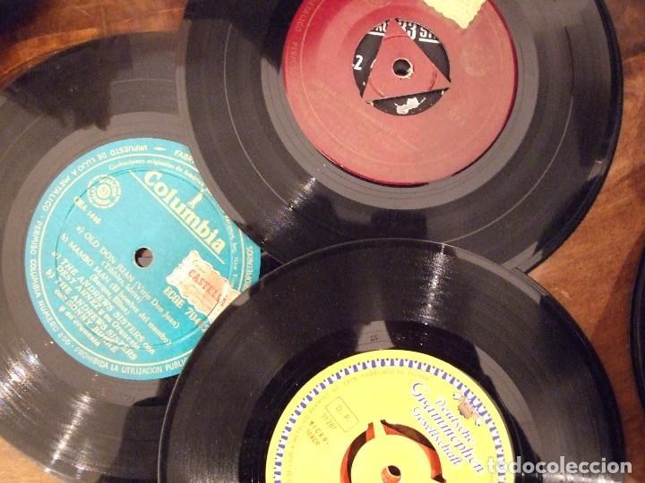 Discos de vinilo: GRAN LOTE DE SINGLES 80 SIN CARATULA - MUSICA VARIADA ANTERIOR A LOS 80 - Foto 5 - 149639454