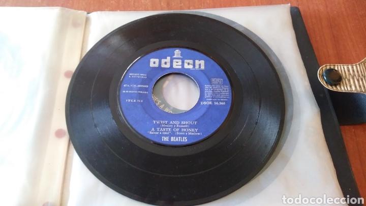 THE BEATLES. TWIST AND SHOUT. 1963. MAXI SINGLE. SIN PORTADA. (Música - Discos de Vinilo - Maxi Singles - Pop - Rock Internacional de los 50 y 60)