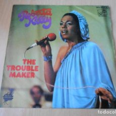 Discos de vinilo: ROBERTA KELLY, SG, THE TROUBLE MAKER + 1, AÑO 1977. Lote 149812798