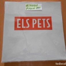 Discos de vinilo: PETS, ELS - LIBRETO + 10 DISCOS, SG, QUI S´HA LLUFAT + 9, AÑO 1991. Lote 150359606