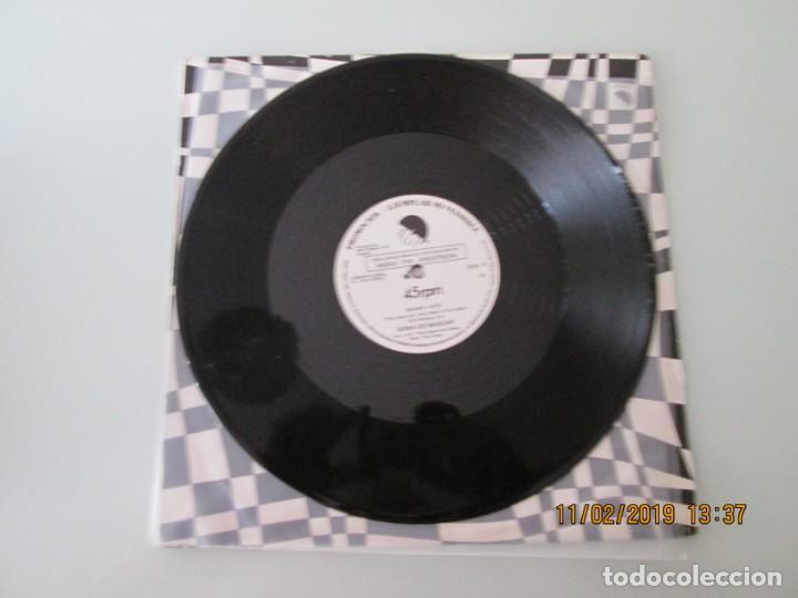 Discos de vinilo: Goma de Mascar ?– Op-Art / Angel O Diablo DISCO PROMOCIONAL - Foto 3 - 150811402