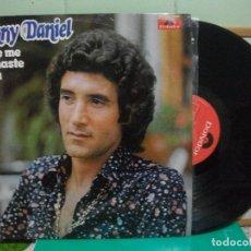 Discos de vinilo: DANNY DANIEL - SE QUE ME ENGAÑASTE UN DIA - LP 1975 NUEVO¡¡ PEPETO. Lote 150845418