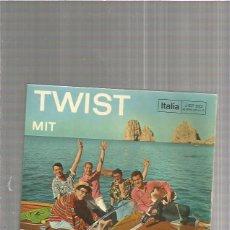 Discos de vinilo: PEPPINO DI CAPRI TROPEZ TWIST. Lote 151016354