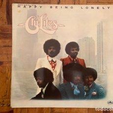 Discos de vinilo: THE CHI-LITES – HAPPY BEING LONELY SELLO: MERCURY – 63 38 718 FORMATO: VINYL, LP, ALBUM . Lote 151395994