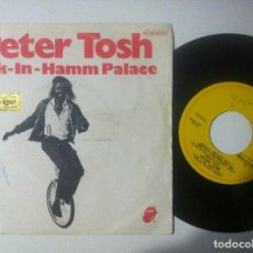 Discos de vinilo: PETER TOSH - BUK IN HAMM PALACE / THE DAY THE DOLLAR DIE - SINGLE 1979 - RS. Lote 151508738