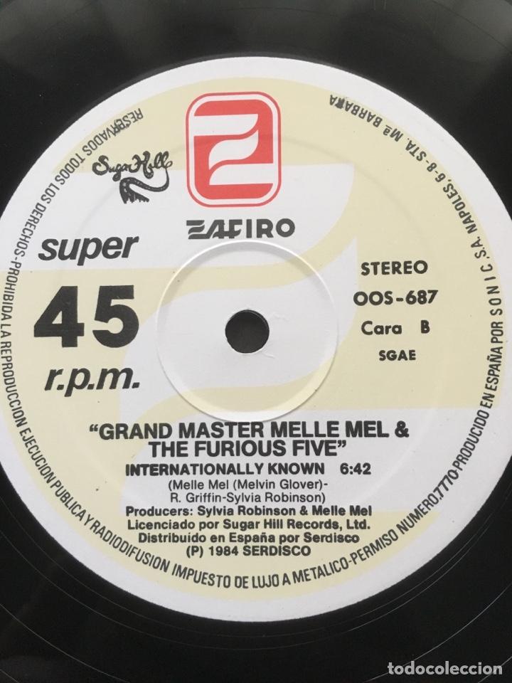 Discos de vinilo: GRANDMASTER MELLE MEL & THE FURIOUS FIVE-BEAT STREET-1984-RARO PROMO-NUEVO - Foto 5 - 151938621