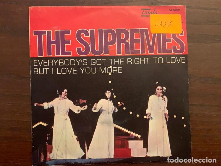THE SUPREMES ?– EVERYBODY'S GOT THE RIGHT TO LOVE / BUT I LOVE YOU MORE SELLO: TAMLA MOTOWN ?– M-509 (Música - Discos - Singles Vinilo - Funk, Soul y Black Music)
