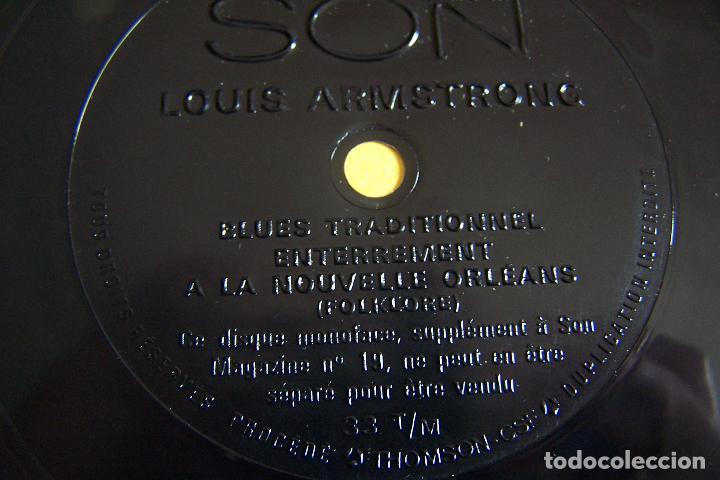 Discos de vinilo: RARÍSIMO SINGLE DE LOUIS ARMSTRONG. JOUE POUR VOUS!! BLUES TRADITIONNEL ENTERREMENT A LA NOUVELLE... - Foto 3 - 152289434