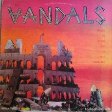 Discos de vinil: VANDALS, THE: WHEN IN ROME DO AS THE VANDALS. SENSACIONAL PUNK CALIFORNIANO. Lote 152401042